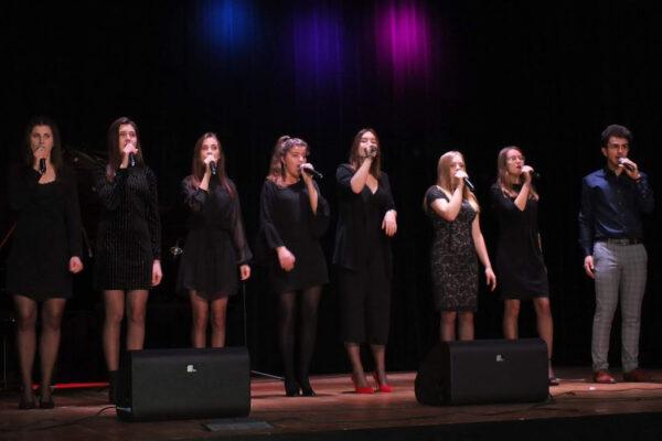Młodzieżowy zespół wokalny